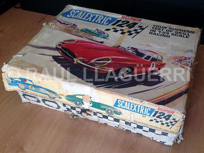 Scalextrix super 124 set 200