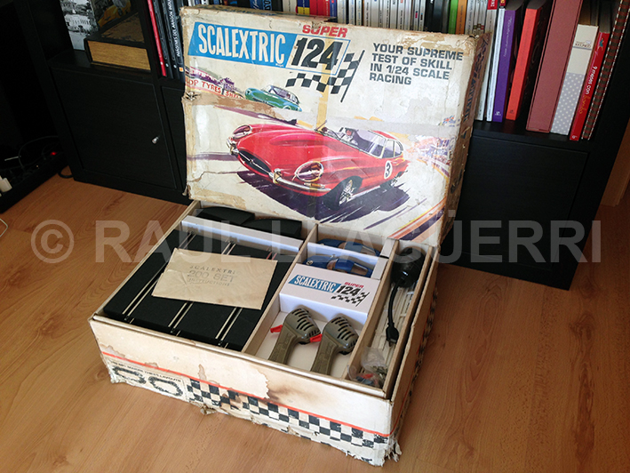 Scalextrix super 124 set 200